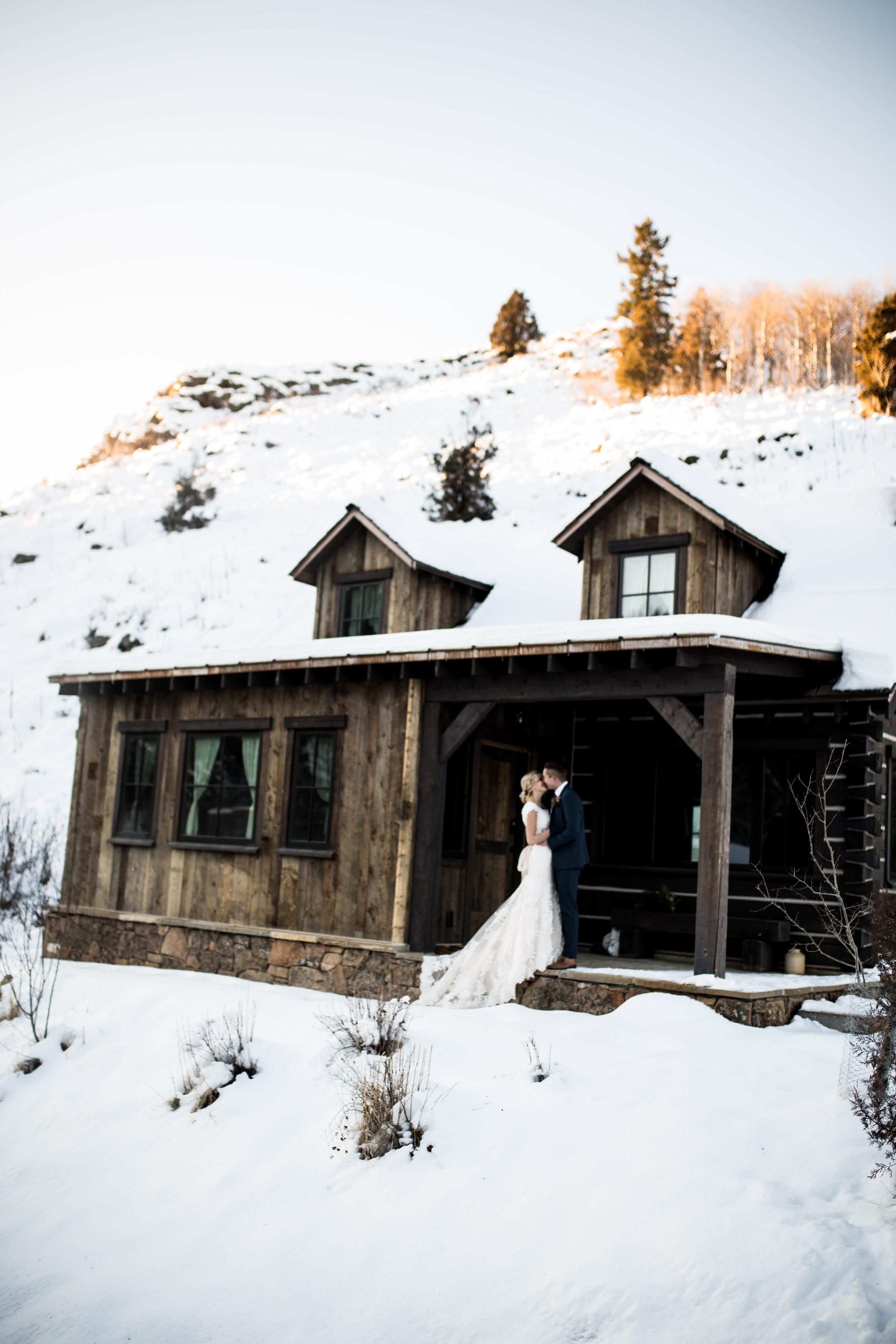 WinterWeddingBridalsTarghee (65 of 121).jpg