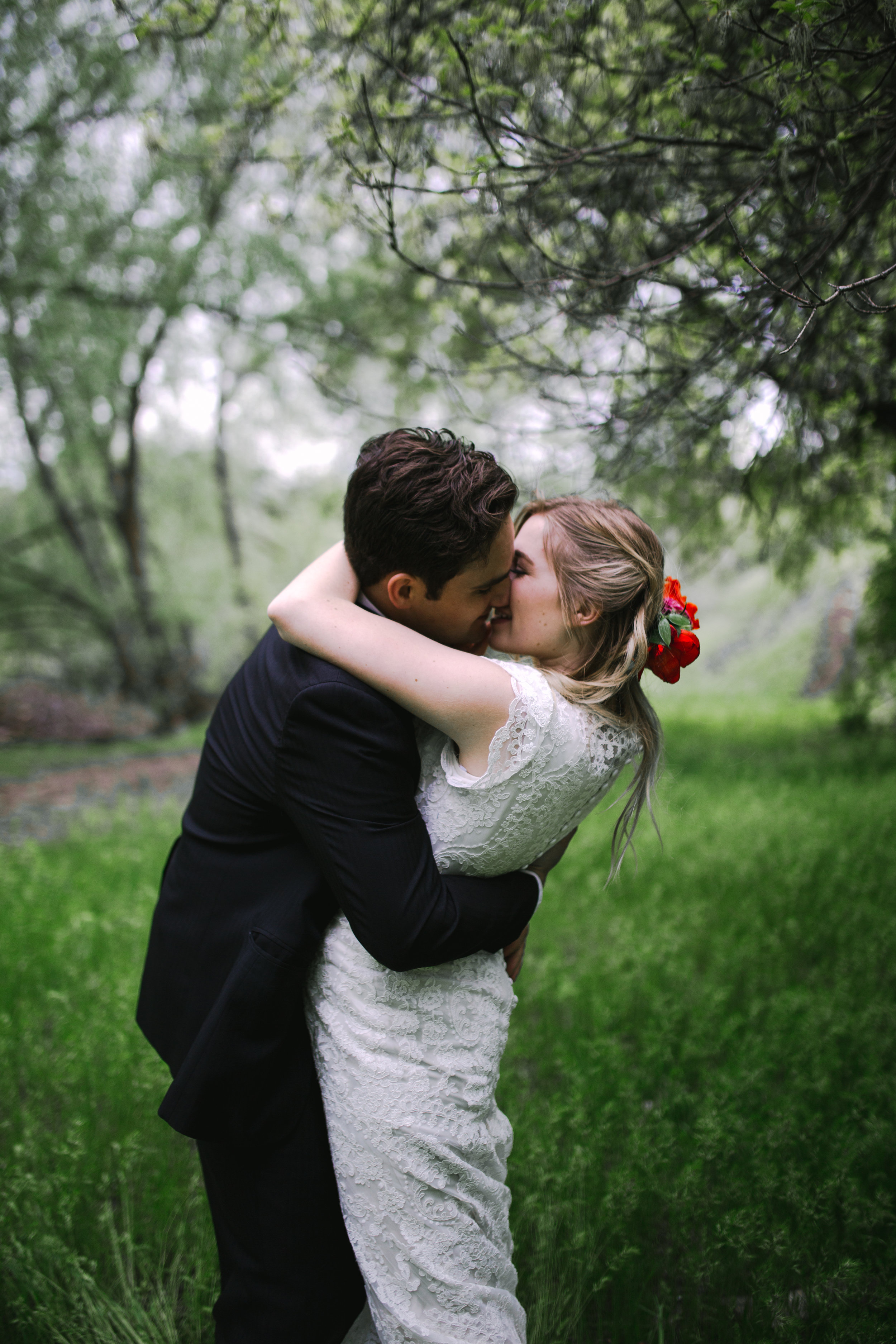Skyler and Kayli Bridals Logan (214 of 293).jpg