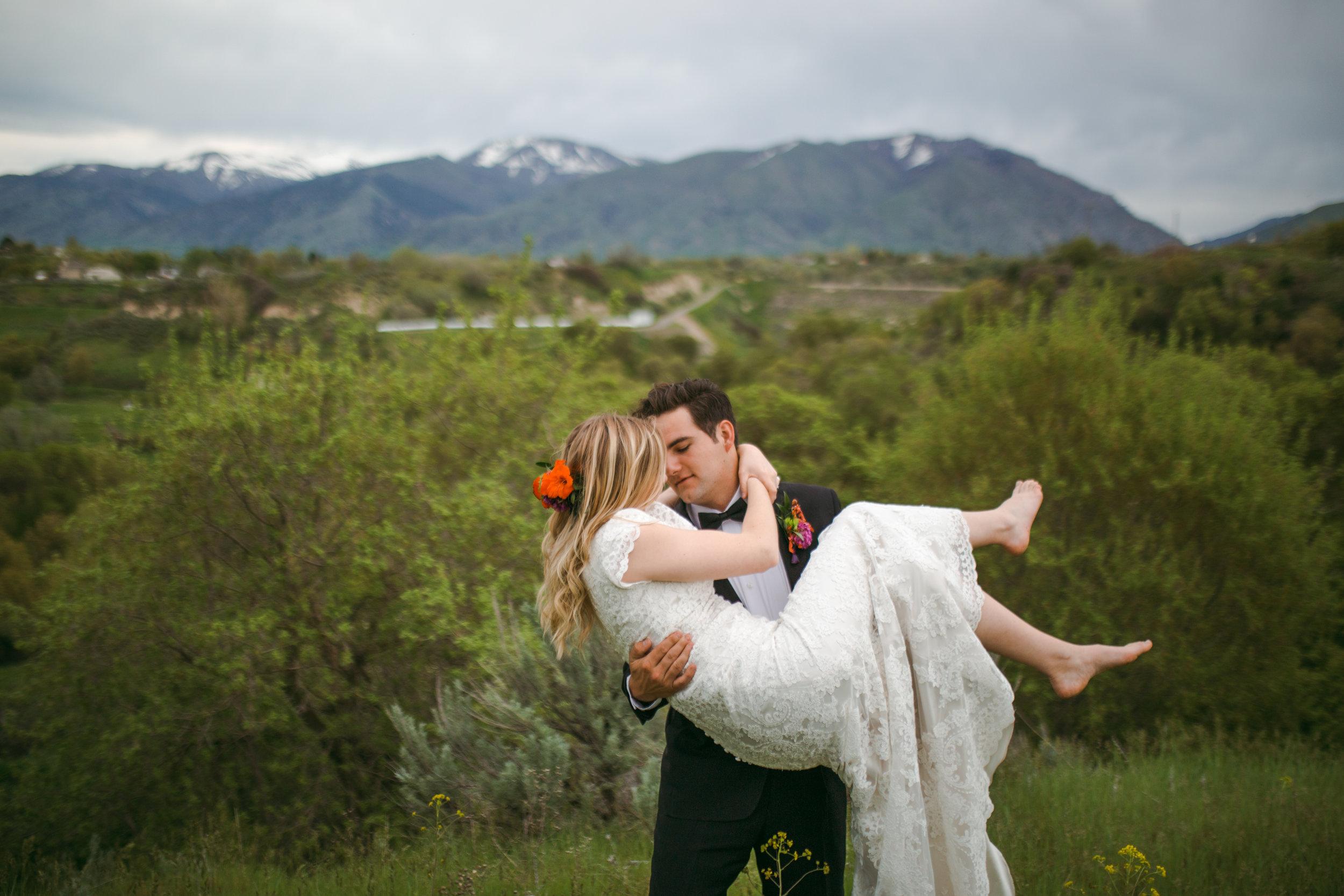 Skyler and Kayli Bridals Logan (235 of 293).jpg