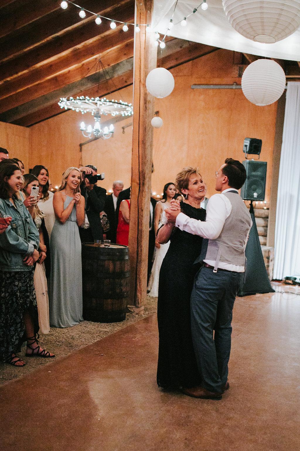 DANCINGPARTY(100of486).jpg