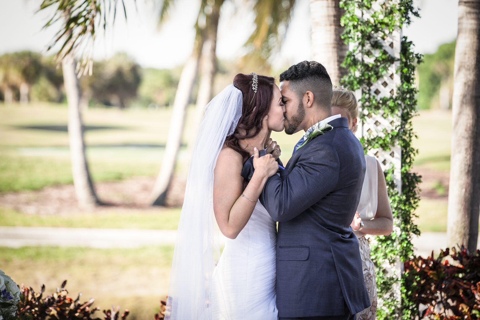 Kiss-Wedding-Coral-Springs-FL-Alicia-&-Anthony