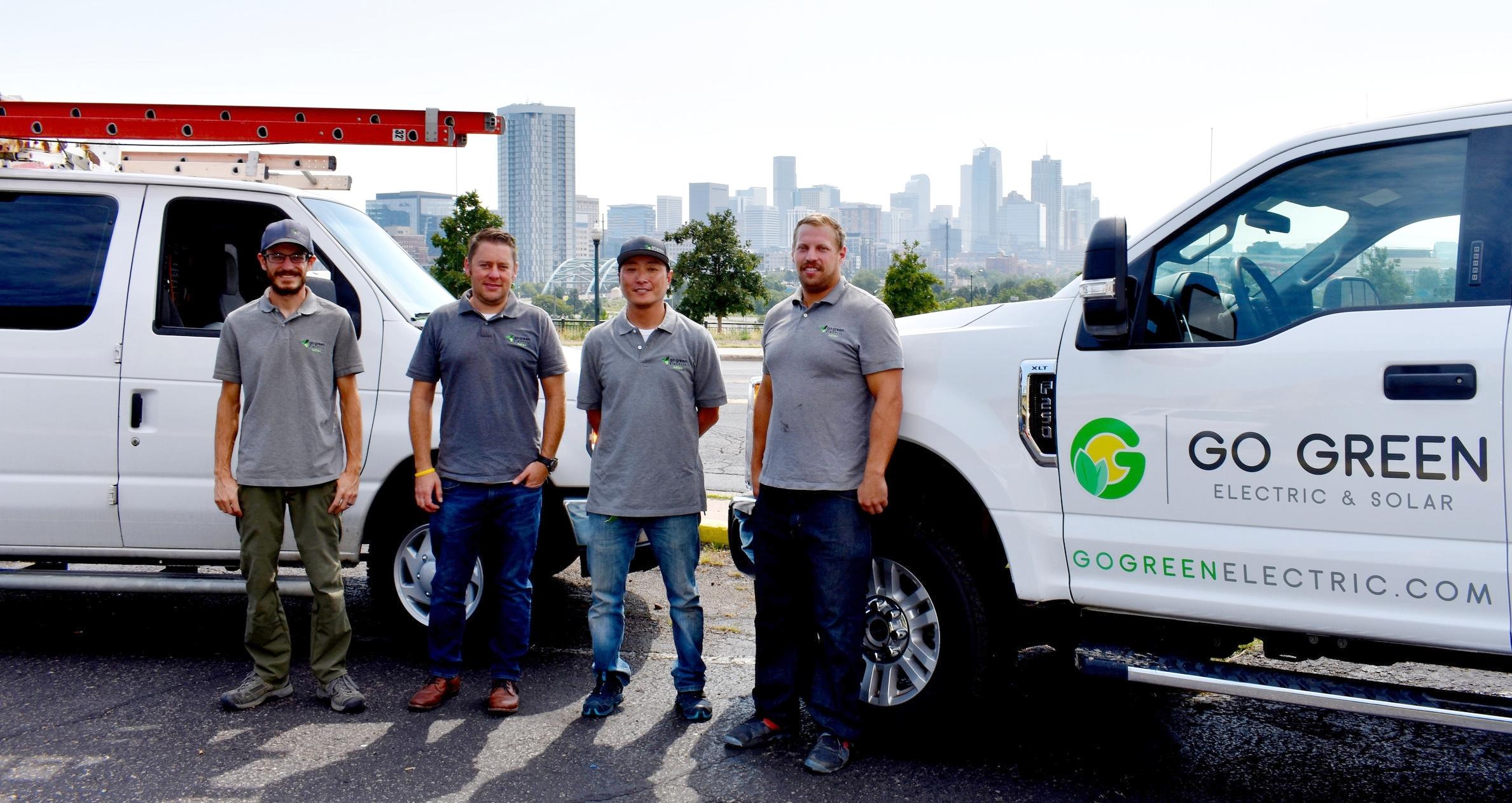 truck n team 3.JPG