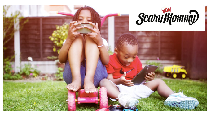Parents are hiring screen time coaches to teach them how to have a family that functions without phones and tablets