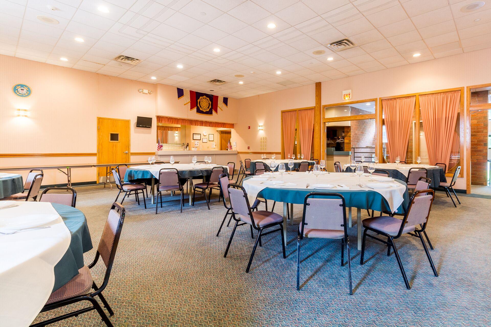 Banquet Hall 2.jpg.jpeg