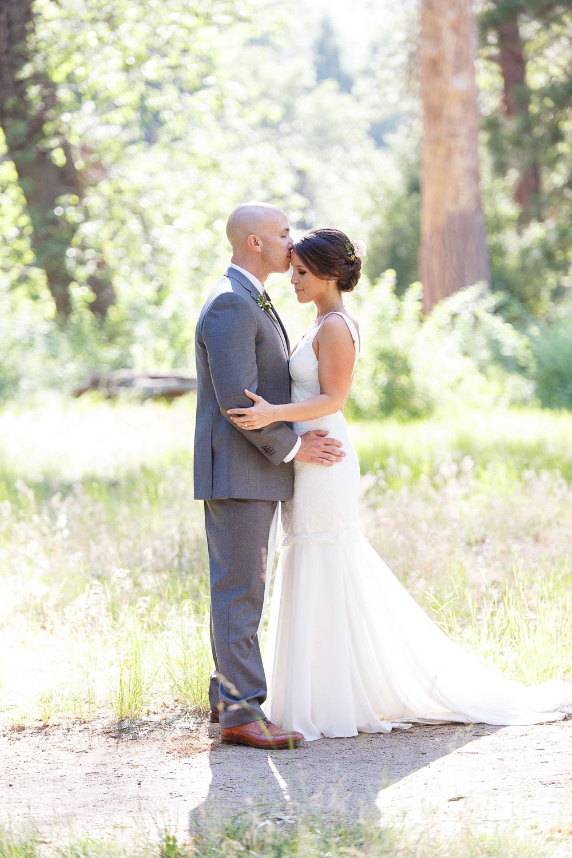 billy_dekom_yosemite_wedding.jpg
