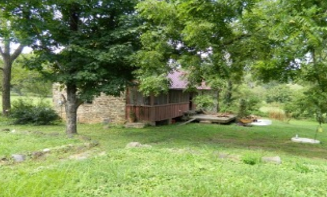 The 1745 home of Jacob and Hannah Janney before Cochran's restored the house for Gail and Perry Epes.