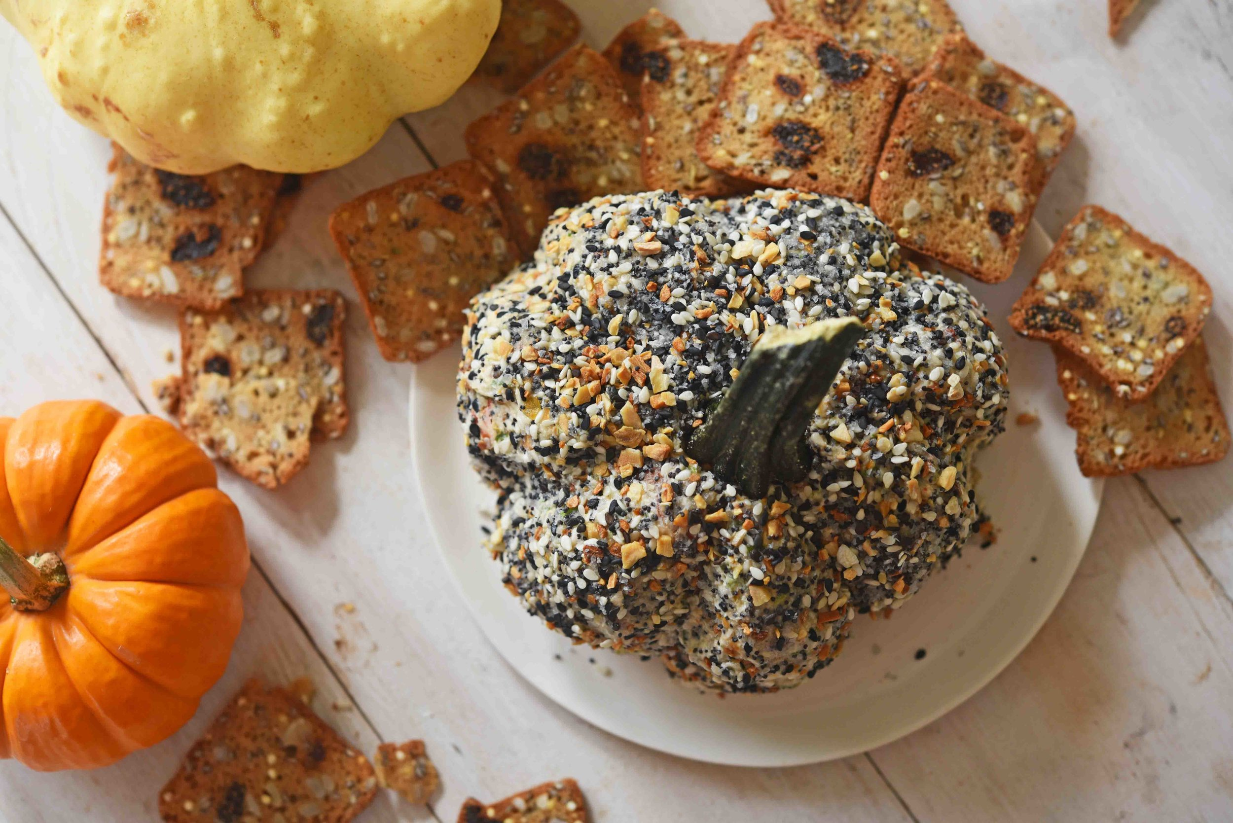 Everything Spice Pumpkin Cheeseball 8.jpg