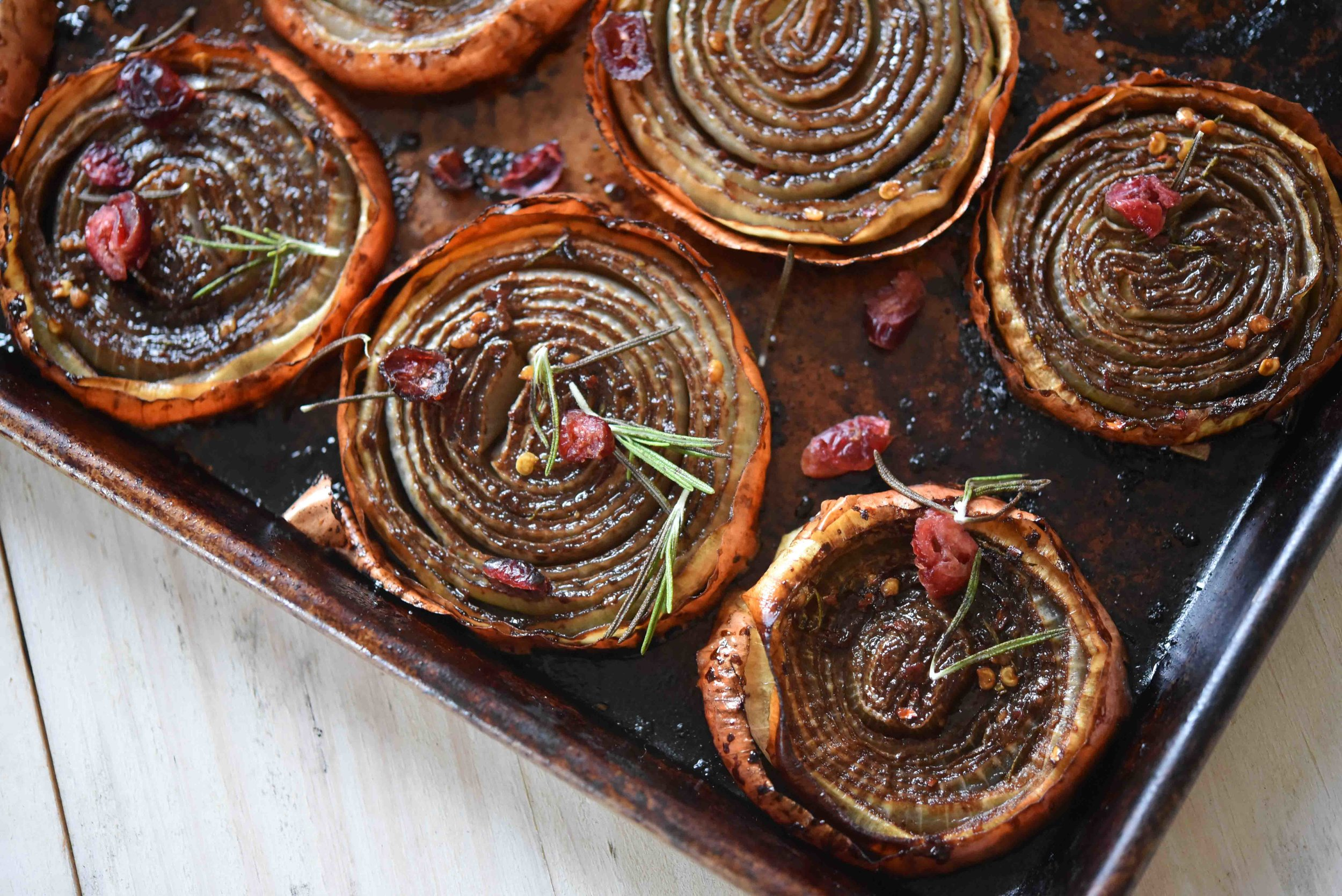 Balsamic Roasted Onions 1(1).jpg