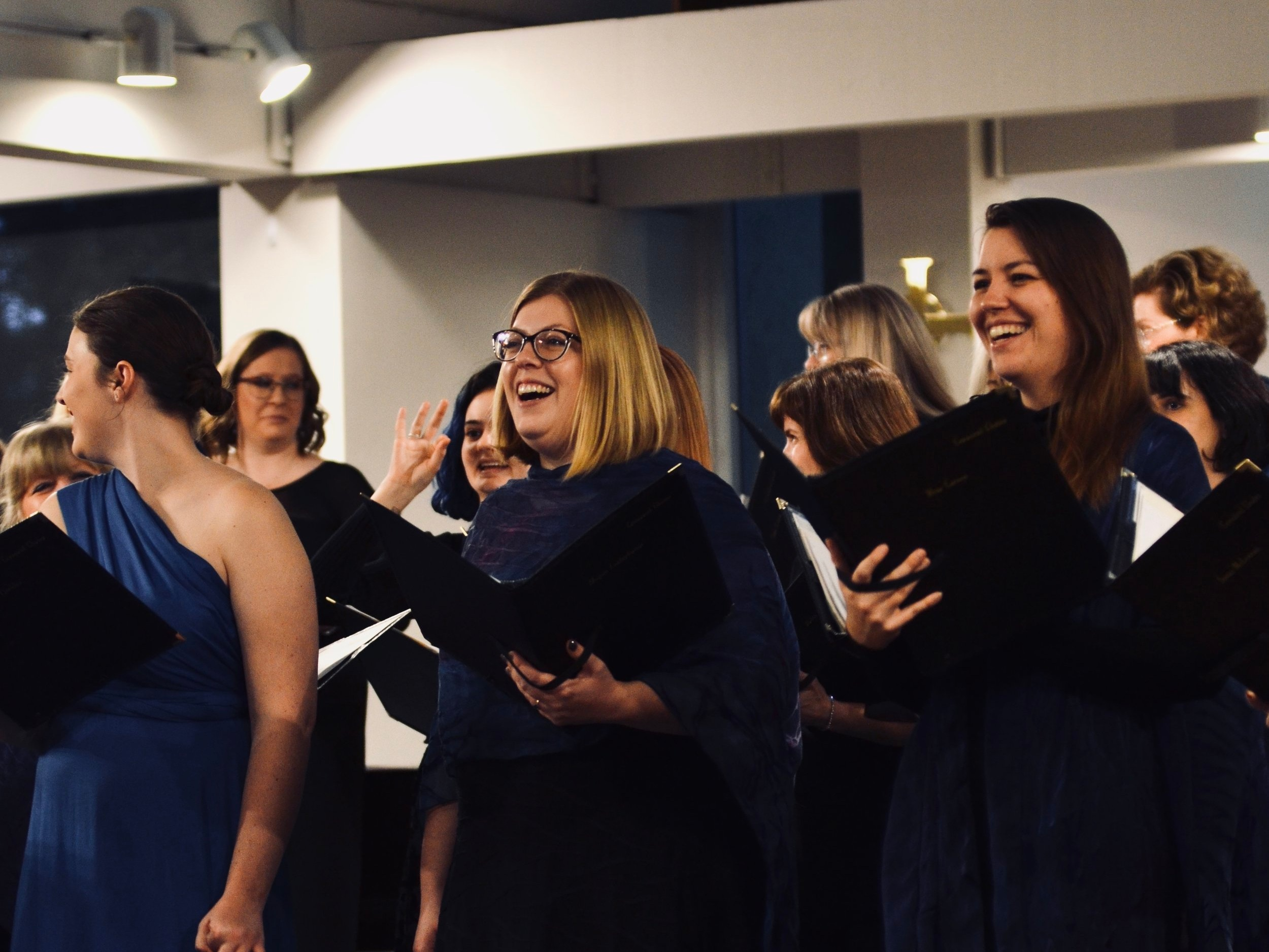 Luna Vocal Ensemble - Auditioned women's chamber choir for adult singers. Grades 11 and 12 singers may also be considered. Read more about the ensemble here! Sign up to audition for the 2019/2020 season.