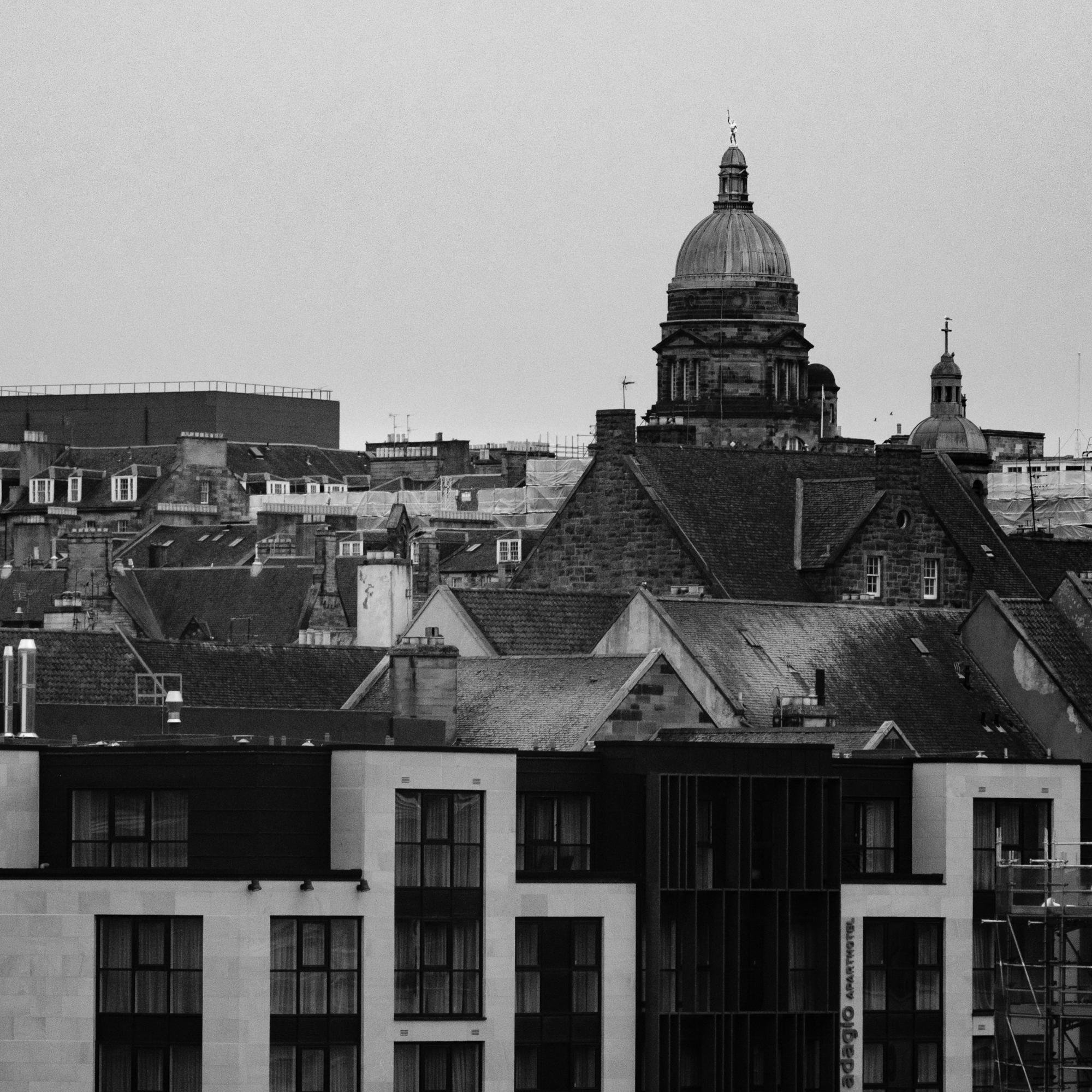 Edinburgh rooftops [XT2 / Acros+R]