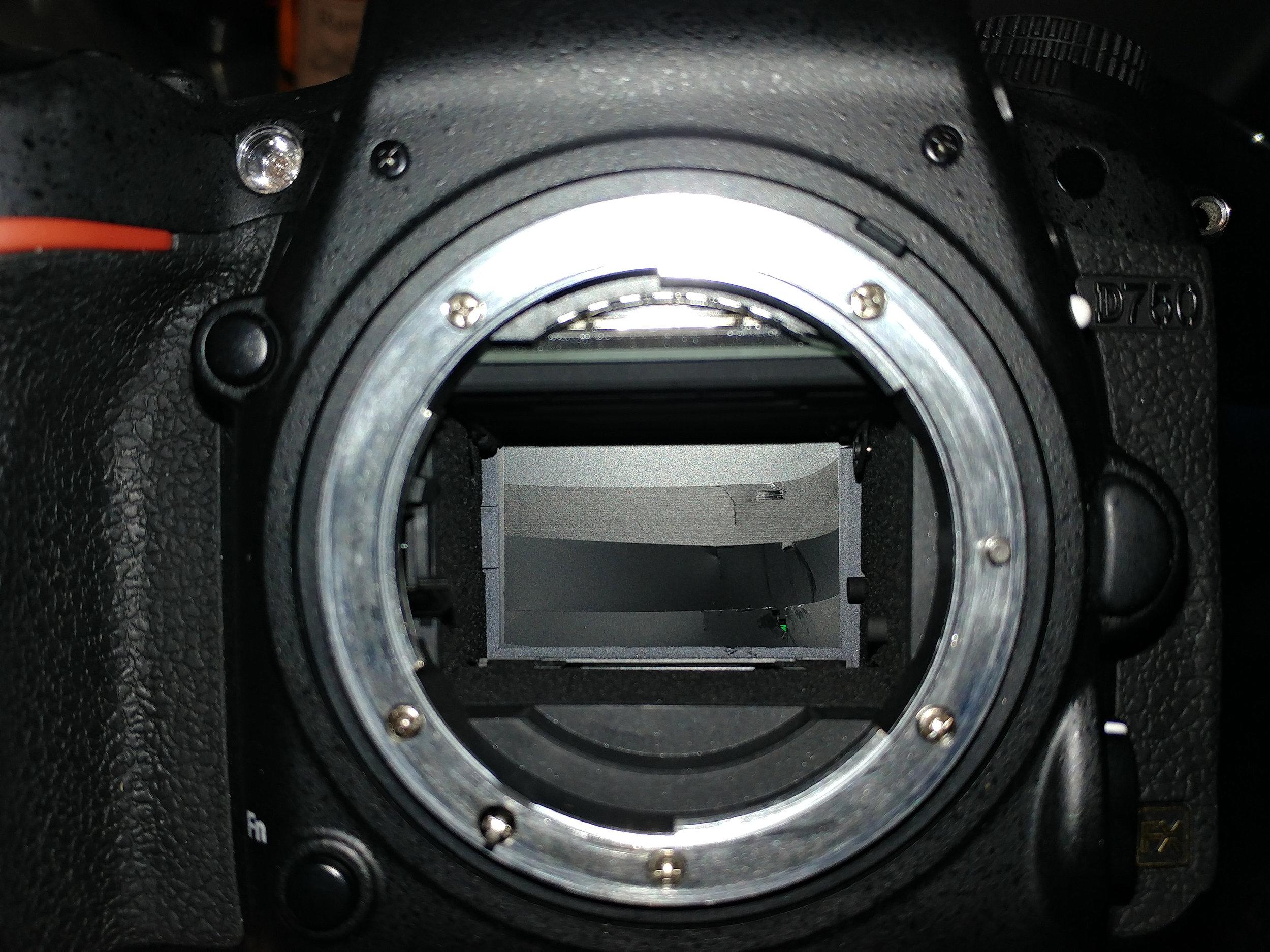 Nikon D750 shutter malfunction issue shutter damaged