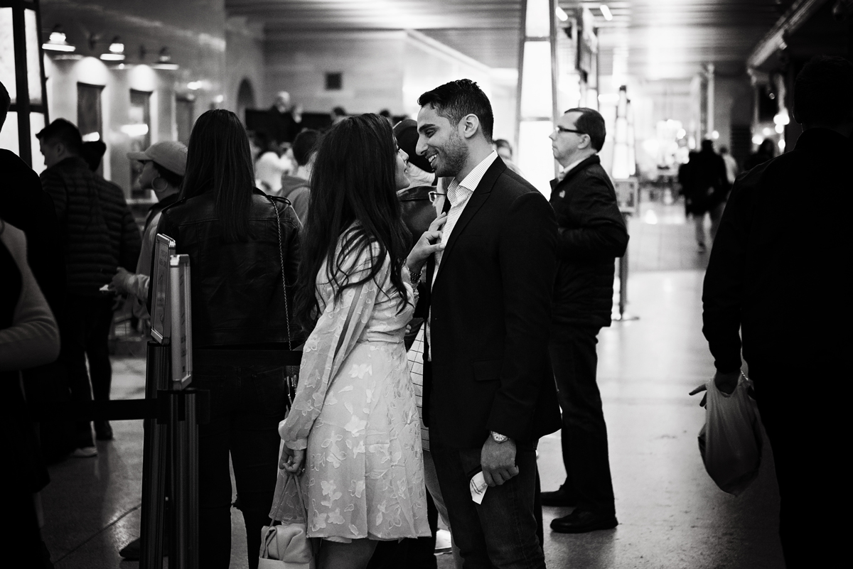 nyc wedding photographer _ couples engagement shoot in grand central station00164.jpg