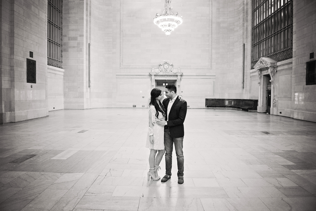 nyc wedding photographer _ couples engagement shoot in grand central station00149.jpg