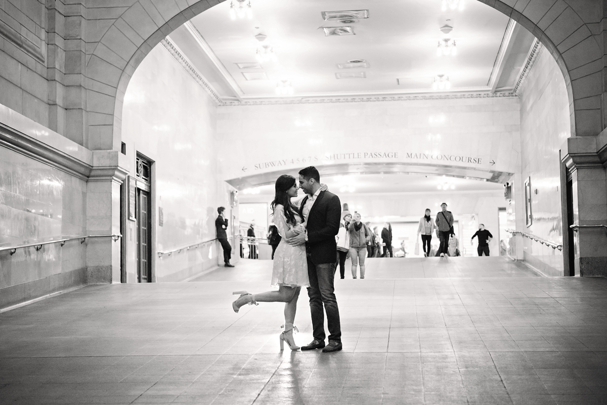 nyc wedding photographer _ couples engagement shoot in grand central station00152.jpg
