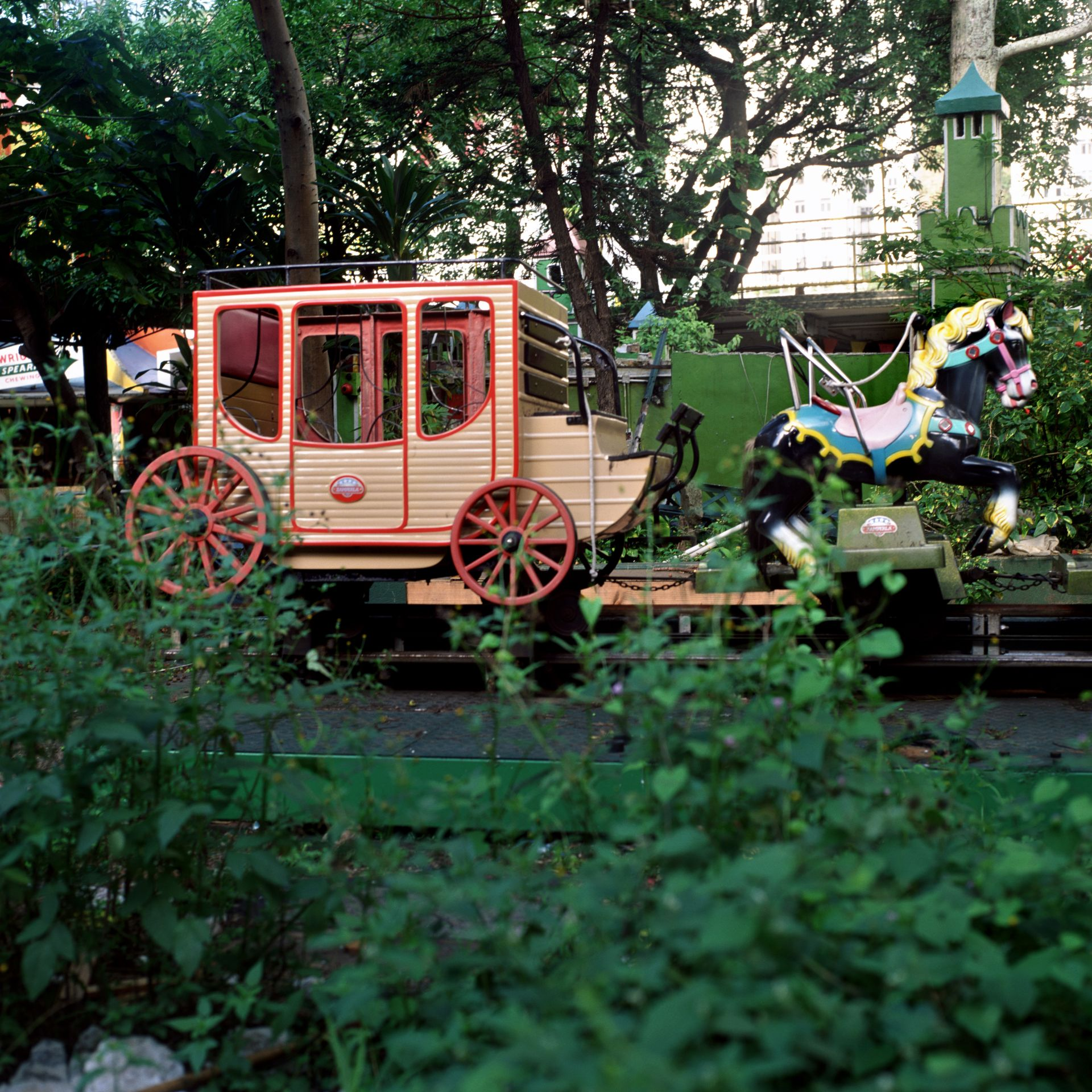 Carriage, Lai Yuen Amusement Park, 1997