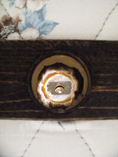 bed 5 holes web.jpg