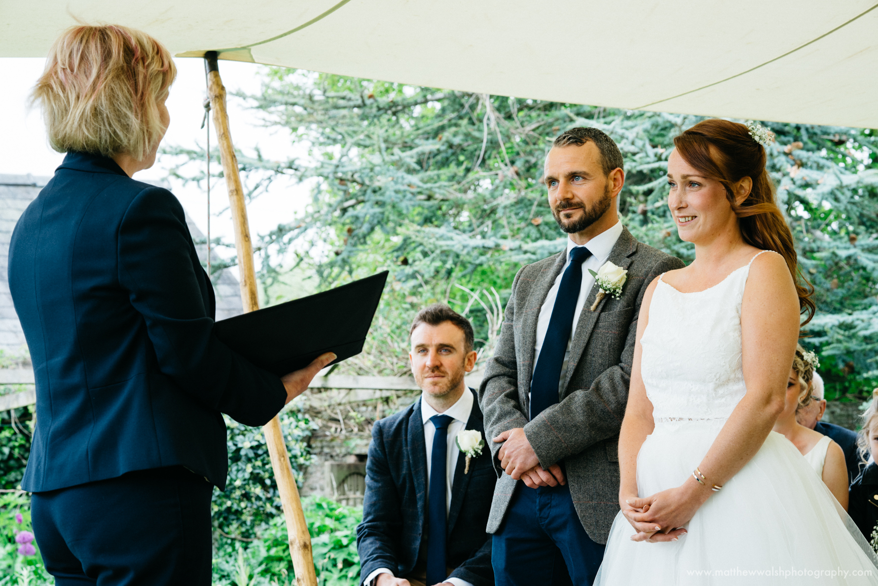 Making the wedding vows