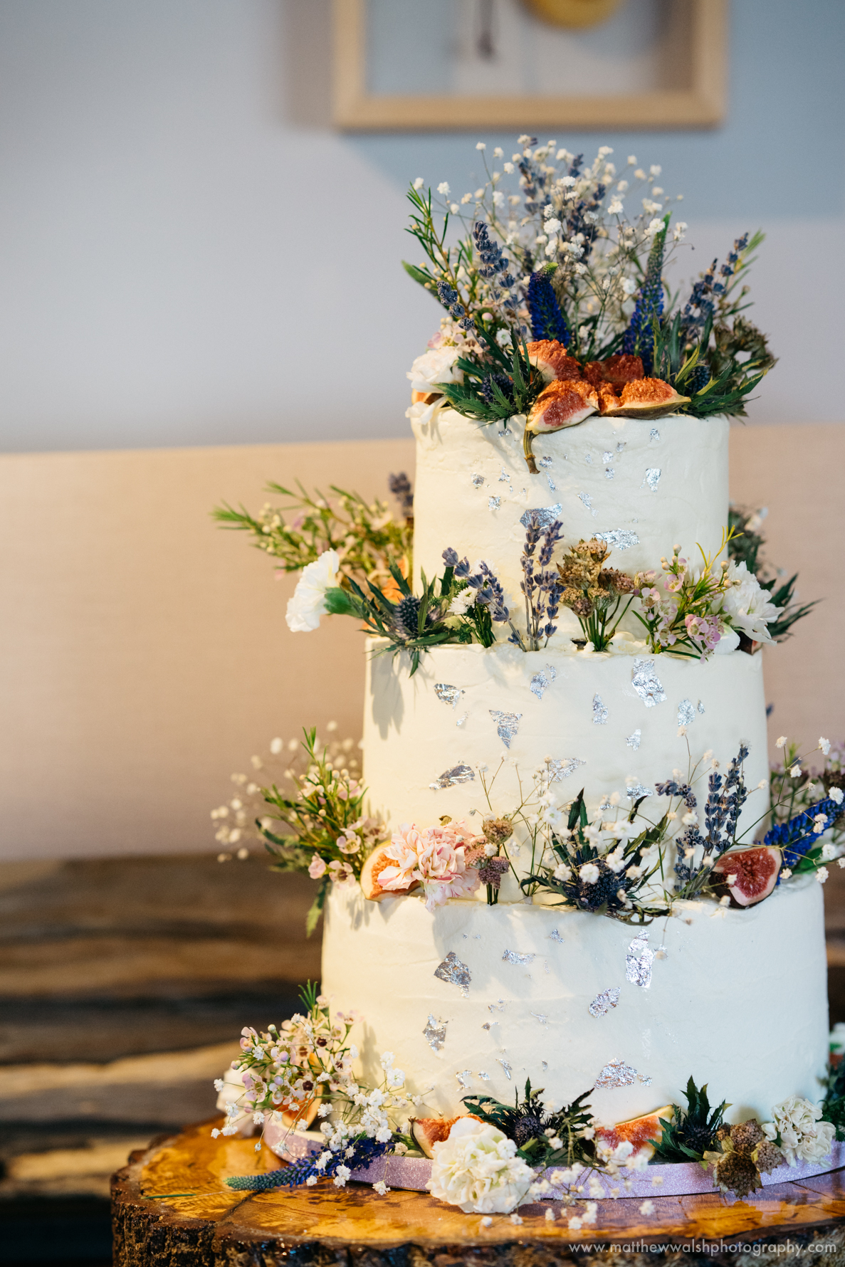 The wonderful wedding cake
