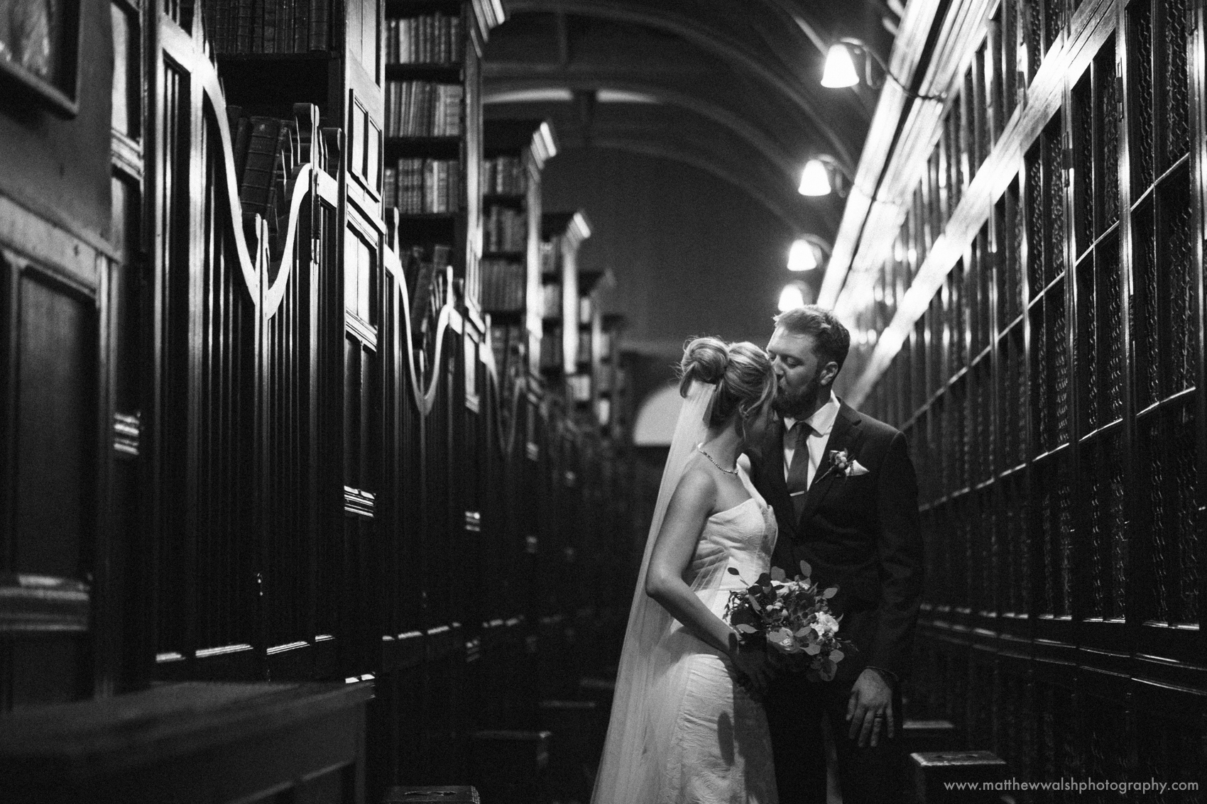The oldest library in the english speaking world creates a wonderful backdrop for the couples photographs