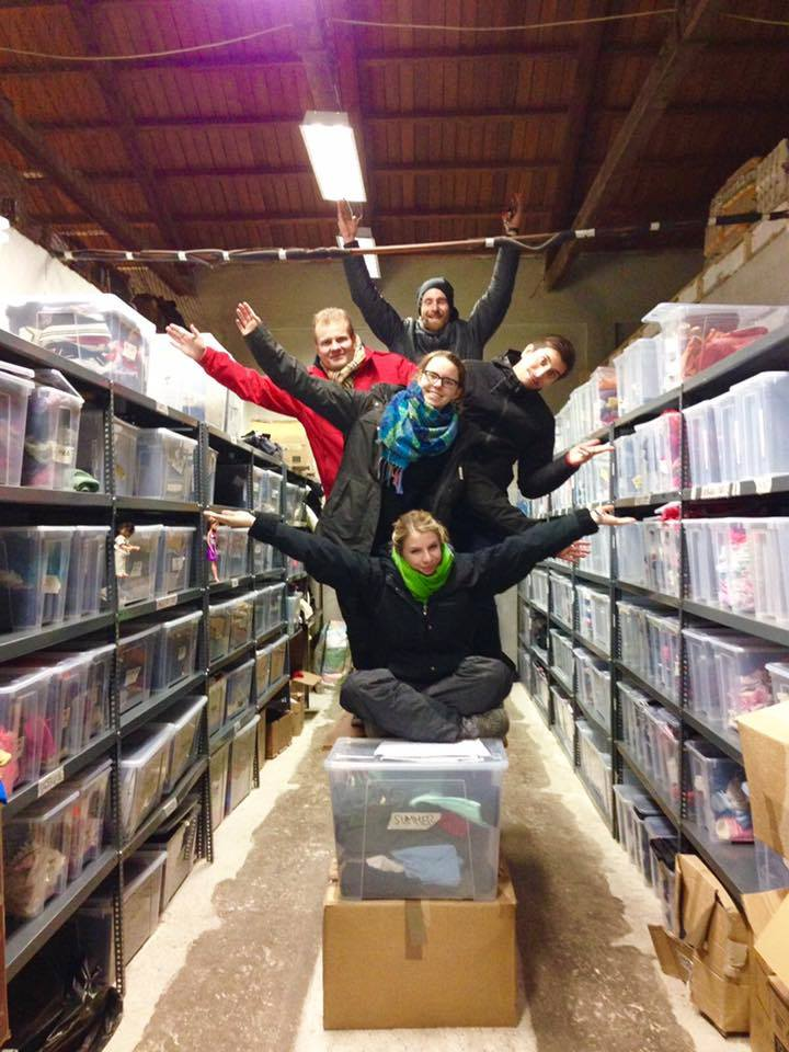 Refugees Foundation, e.V. Support for Refugees on the Run after they transformed our sorted store