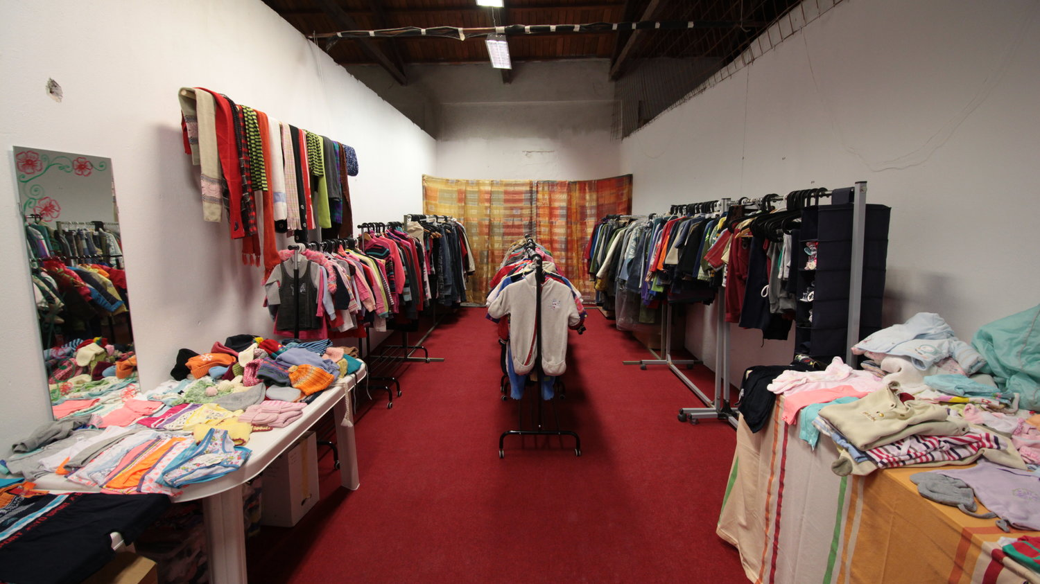 ...and in it's first form, the clothing shop looked like this, ready for the grand opening!