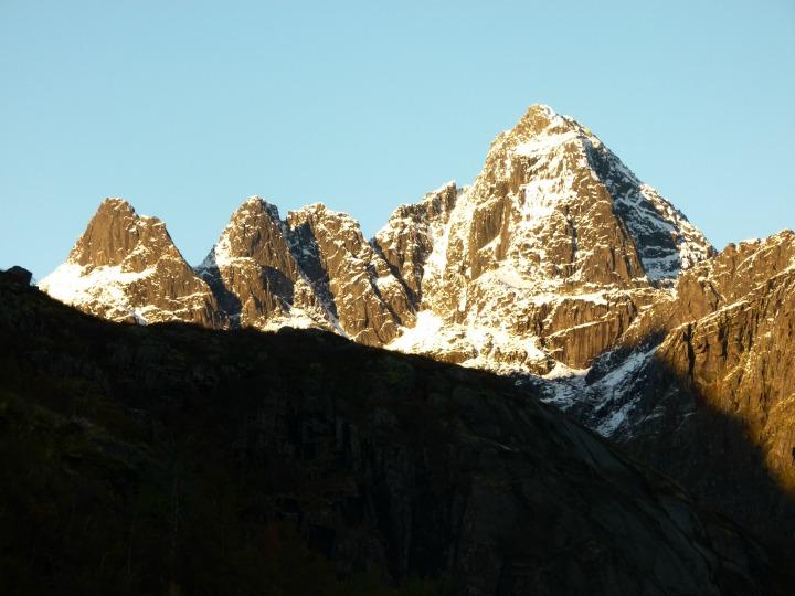 Trollfjord15