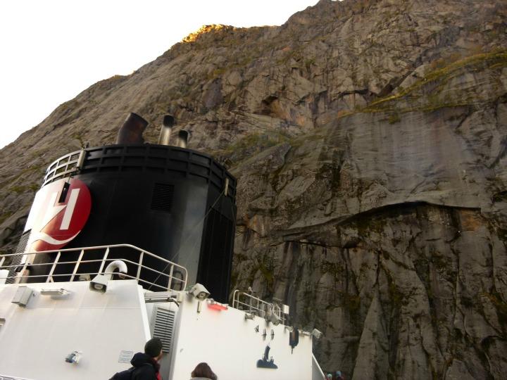 Trollfjord19
