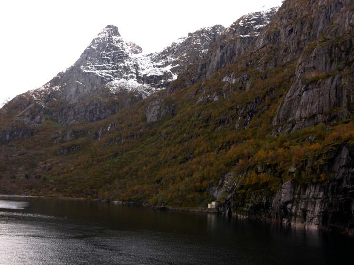 Trollfjord25