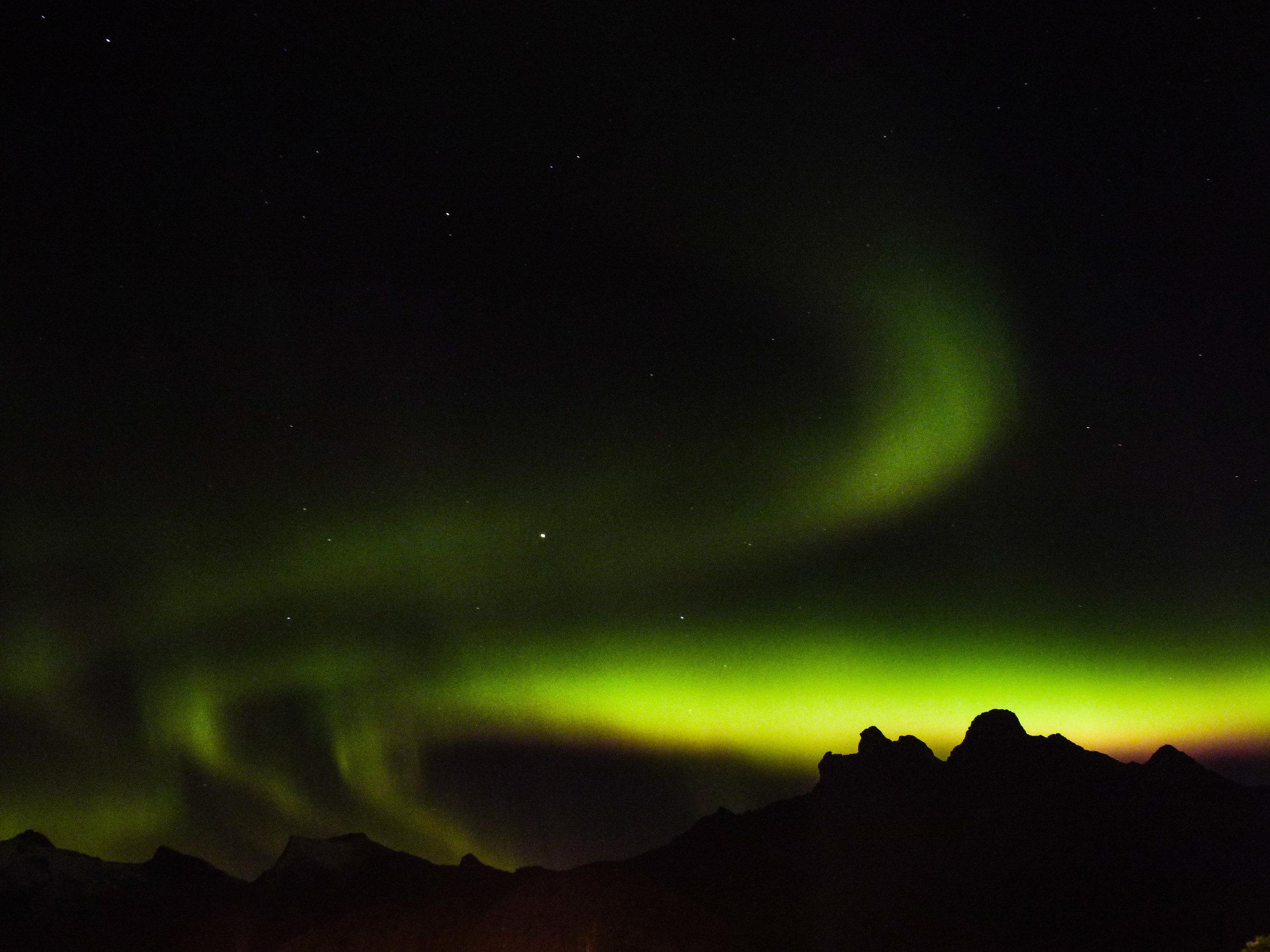 northern lights svolvær lofoten islands