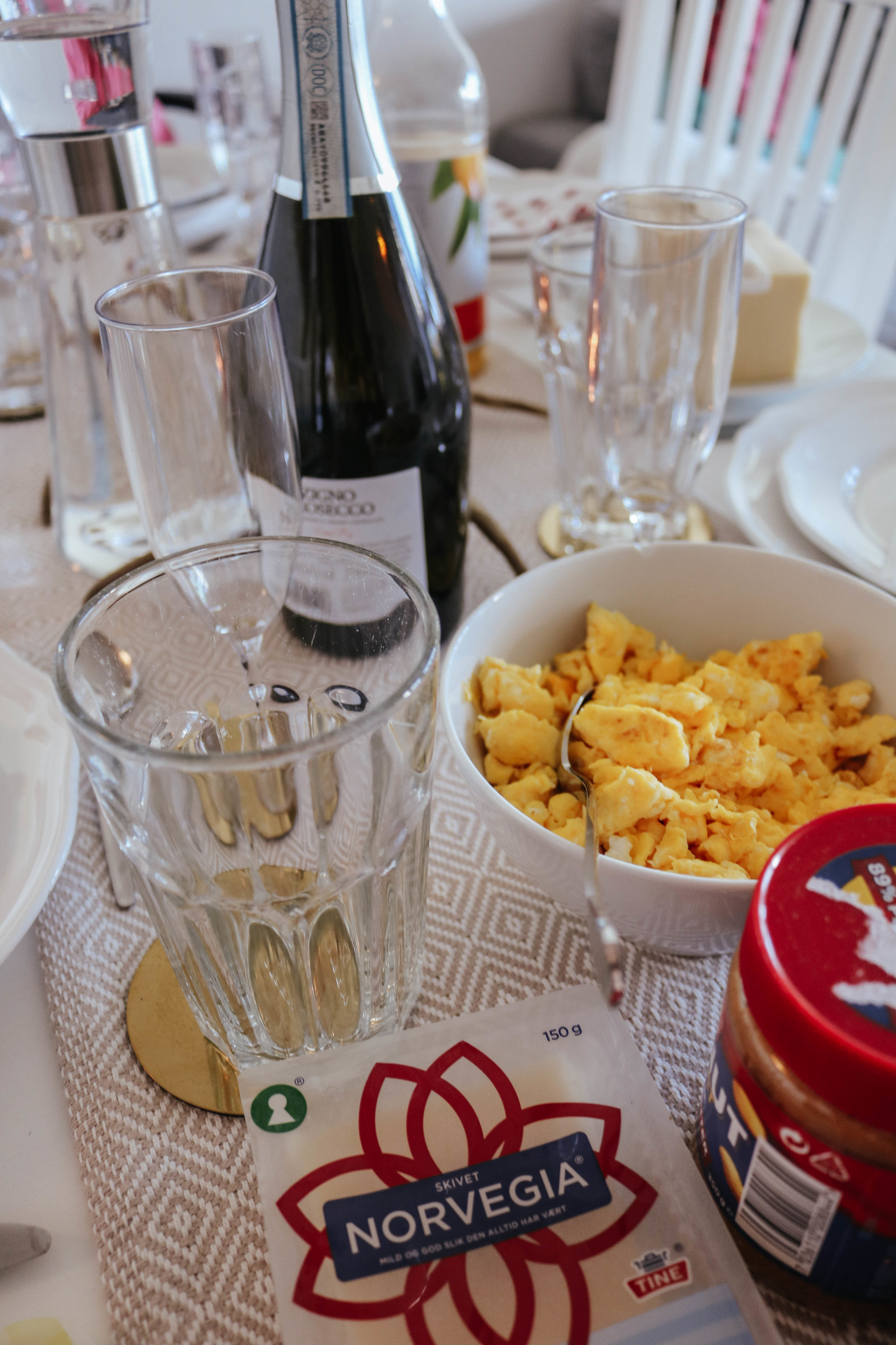 I've recently heard that champagne breakfasts are only for 20-somethings and people without kids - well, that's us!