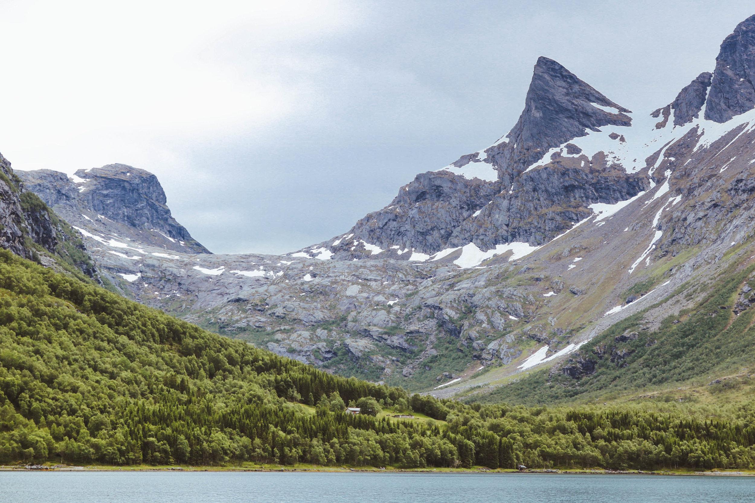Sjunkfjord in Sjunkhatten National Park