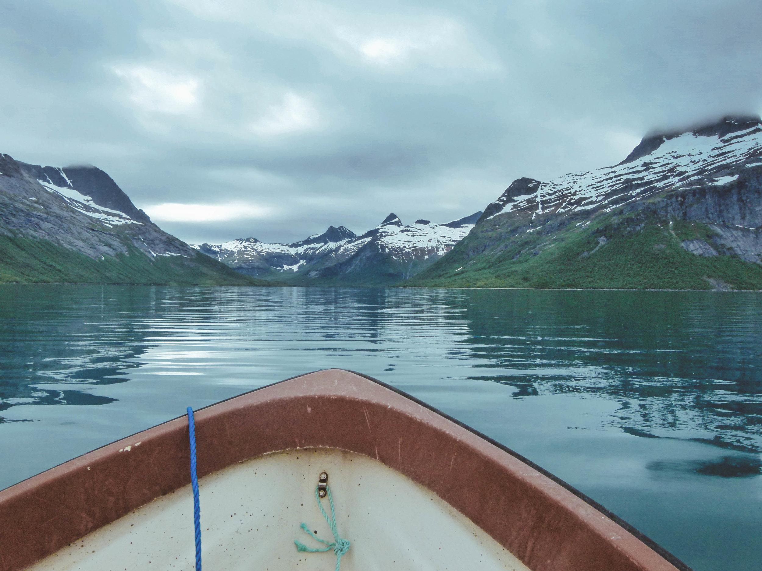 Exploring Sjunkfjord in Sjunkhatten National Park