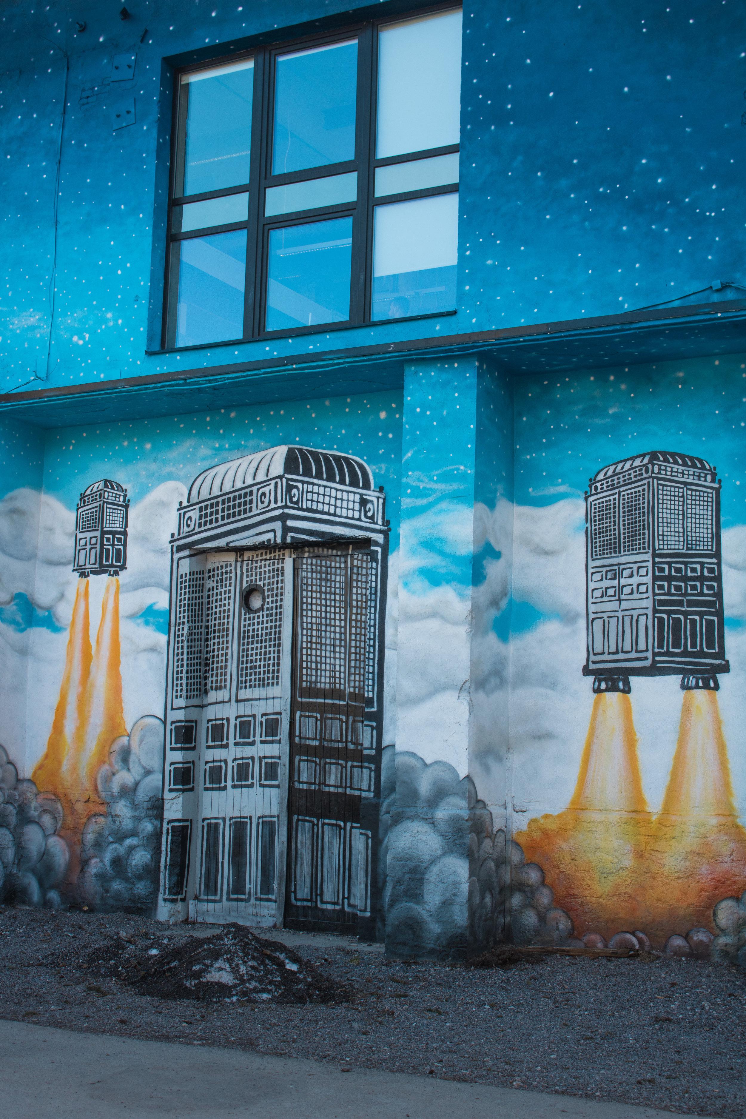 tallinn street art.jpg