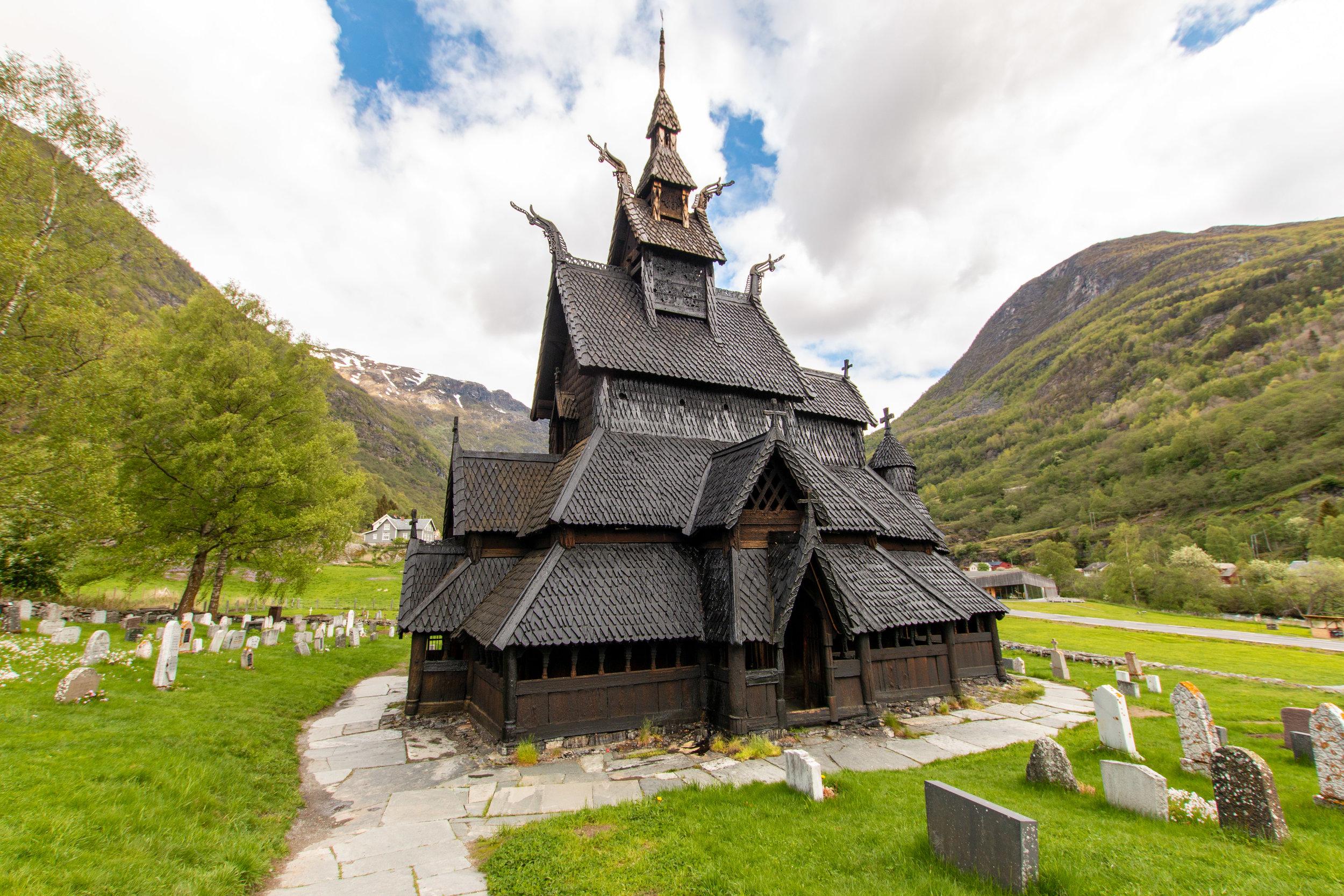 Stabkirche von Borgund.jpg