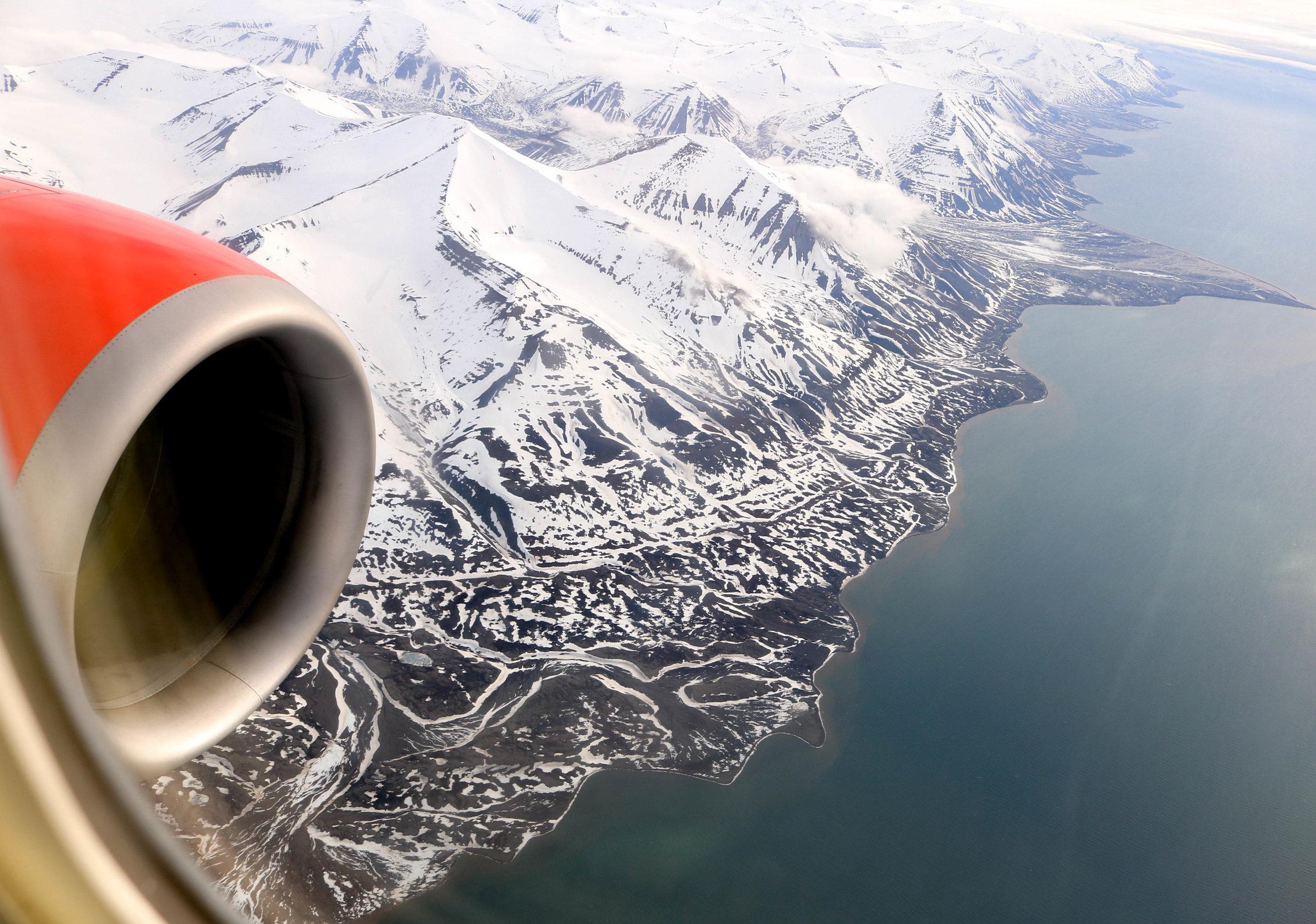 Flight Tromsø to Svalbard