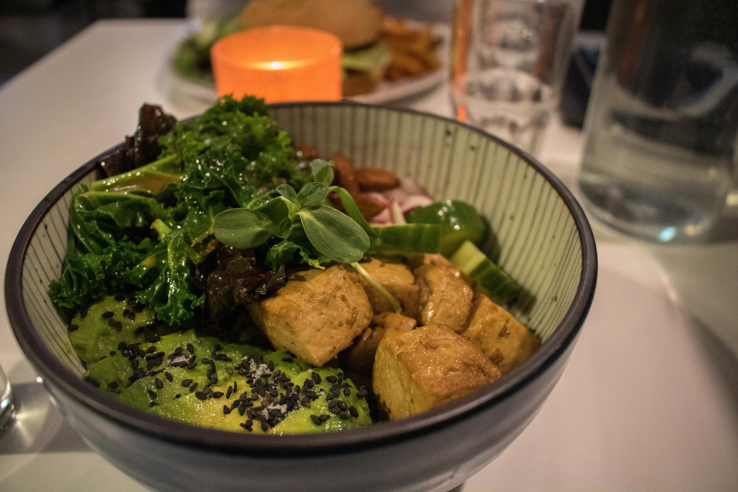 vegan restaurant helsinki omnam