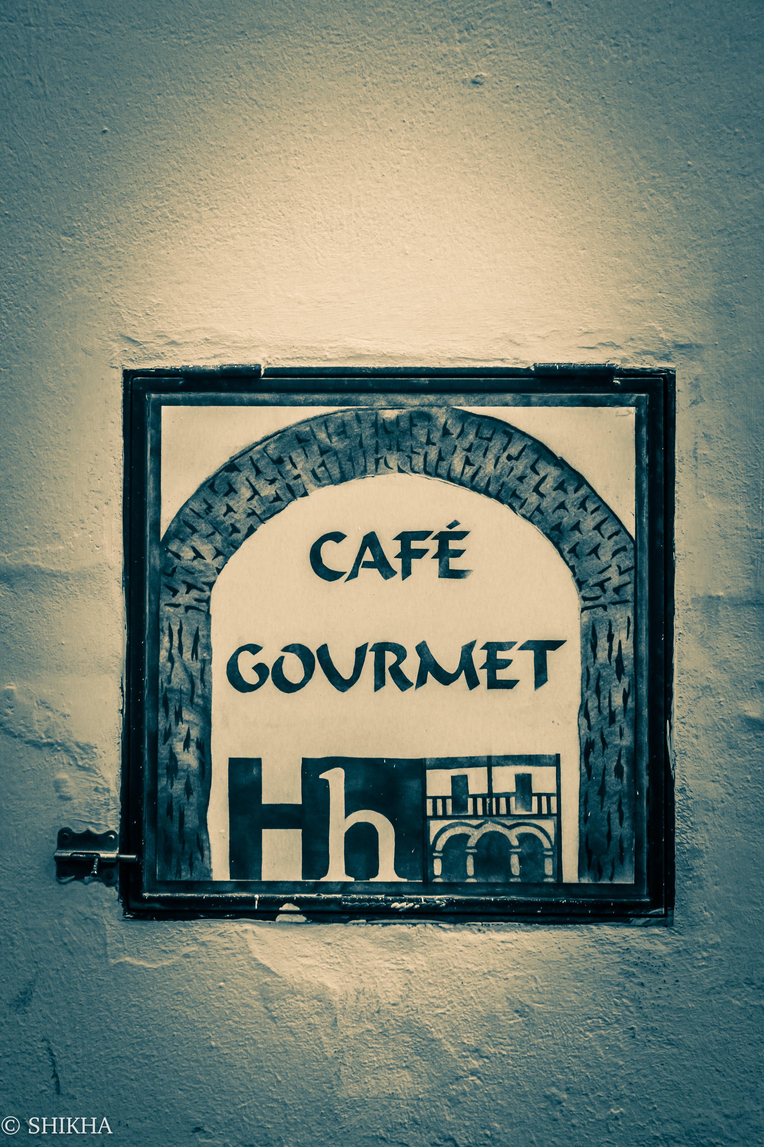 A gourmet cafe