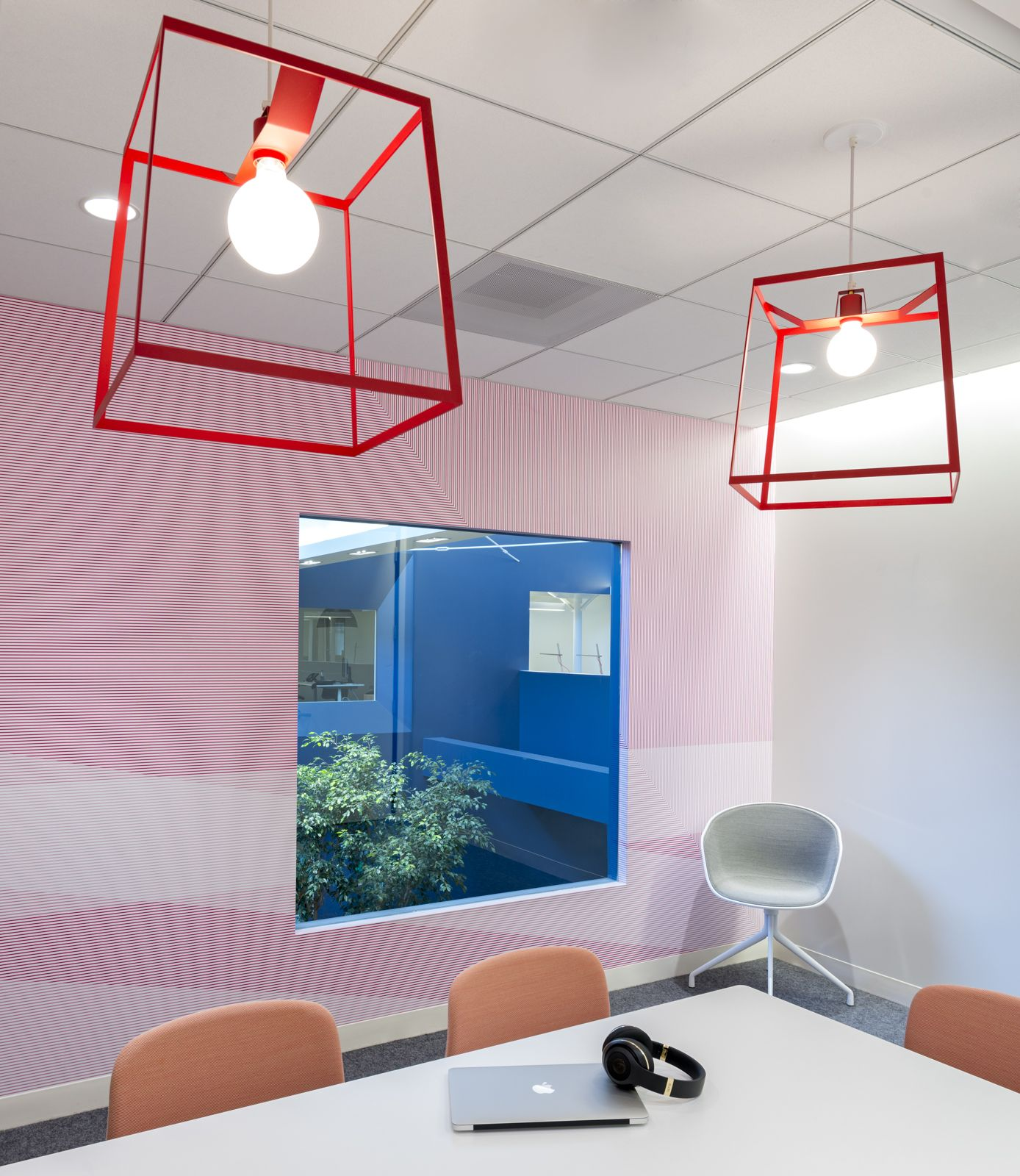 Large Frame Lights in Beats by Dre Headquarters | Design: Bestor Architecture