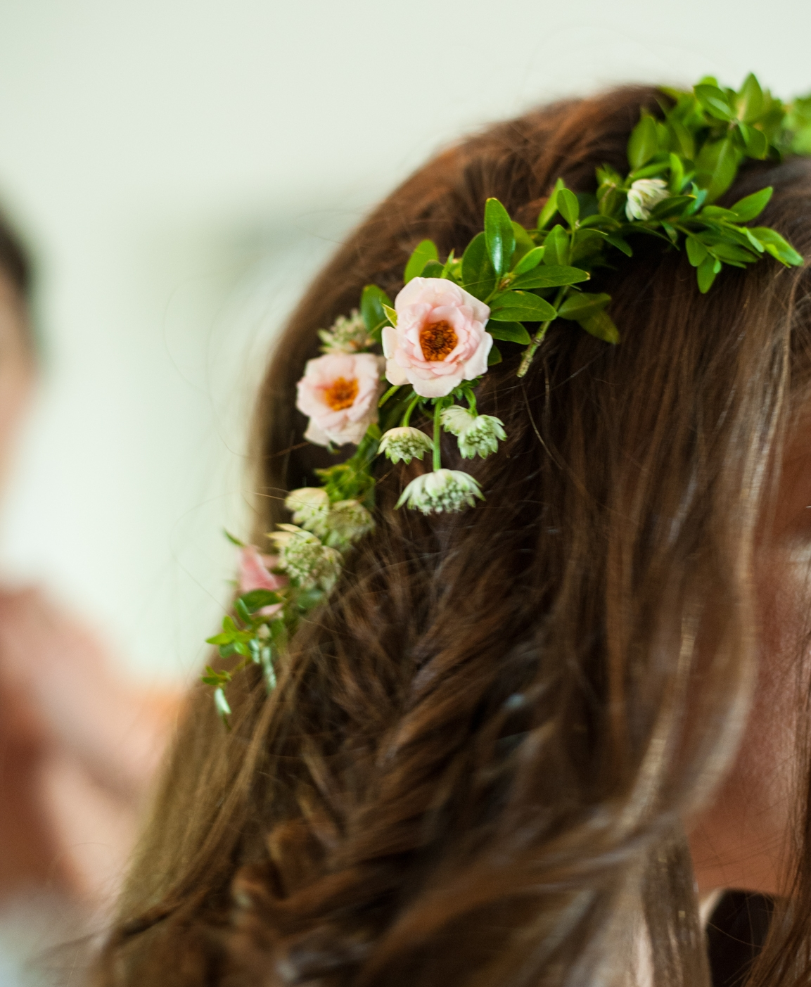 bridesmaid flowers in the hair.jpg
