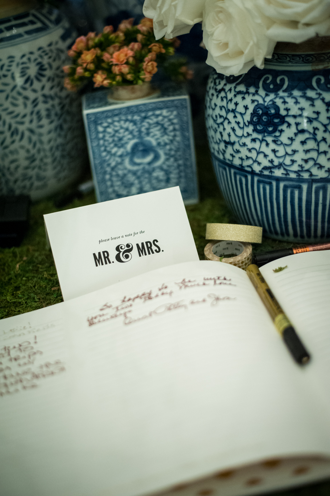 A stunning look for Guest Book Sign-in