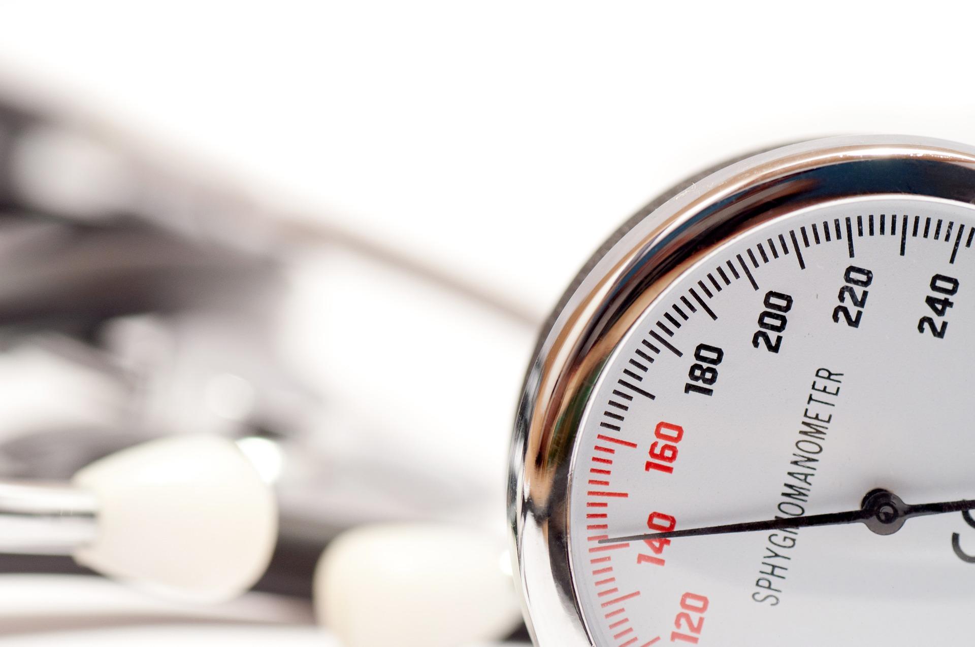 blood-pressure-2310824_1920.jpg
