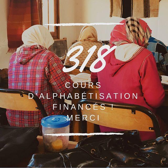 • 318 cours d'alphabétisation financés par Kariaa grâce à vous 💌 Demain matin, RDV avec Marie-Jeanne Courtier de l'Association Solidarité Marathon des Sables pour lui remettre un nouveau financement. Merci à vous tous ! •  #kariaa #womenempowerment #handmade #marqueengagée #projetsolidaire #alphabétisation #maroc #ouarzazate #morocco #artisanat #whomademyclothes #modeethique #mode #ethicalfashion #handmade