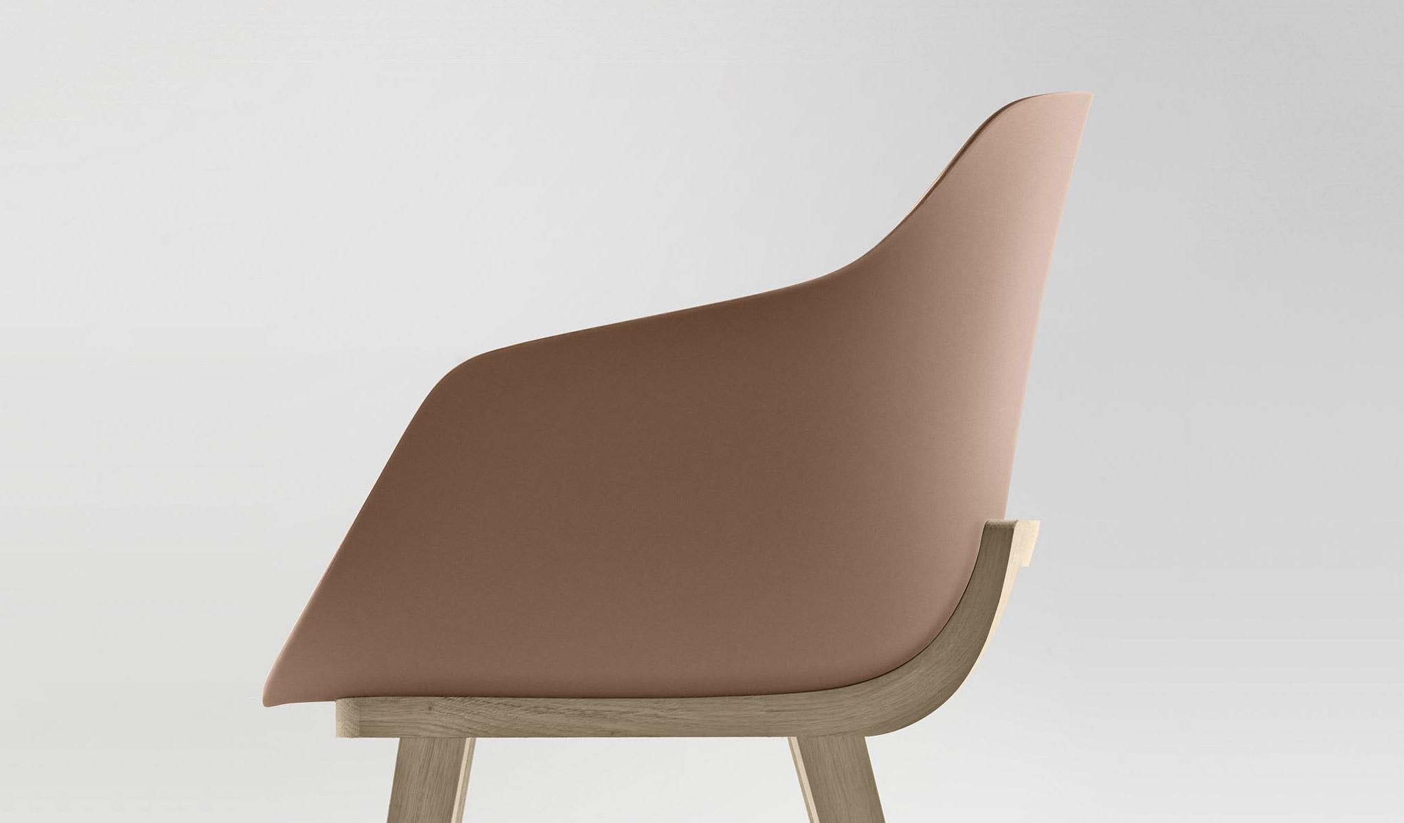 Iratzoki-Lizaso-Kuskoa-Bi-Bioplastic-Chair-Close-Up-2-toitoitoiluv.jpg
