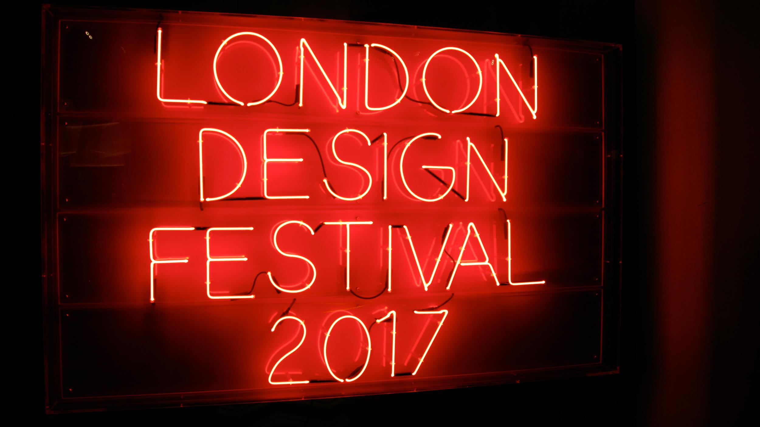 LDF17_London_Design_Festival_Sign_web_toitoitoiluv.jpg