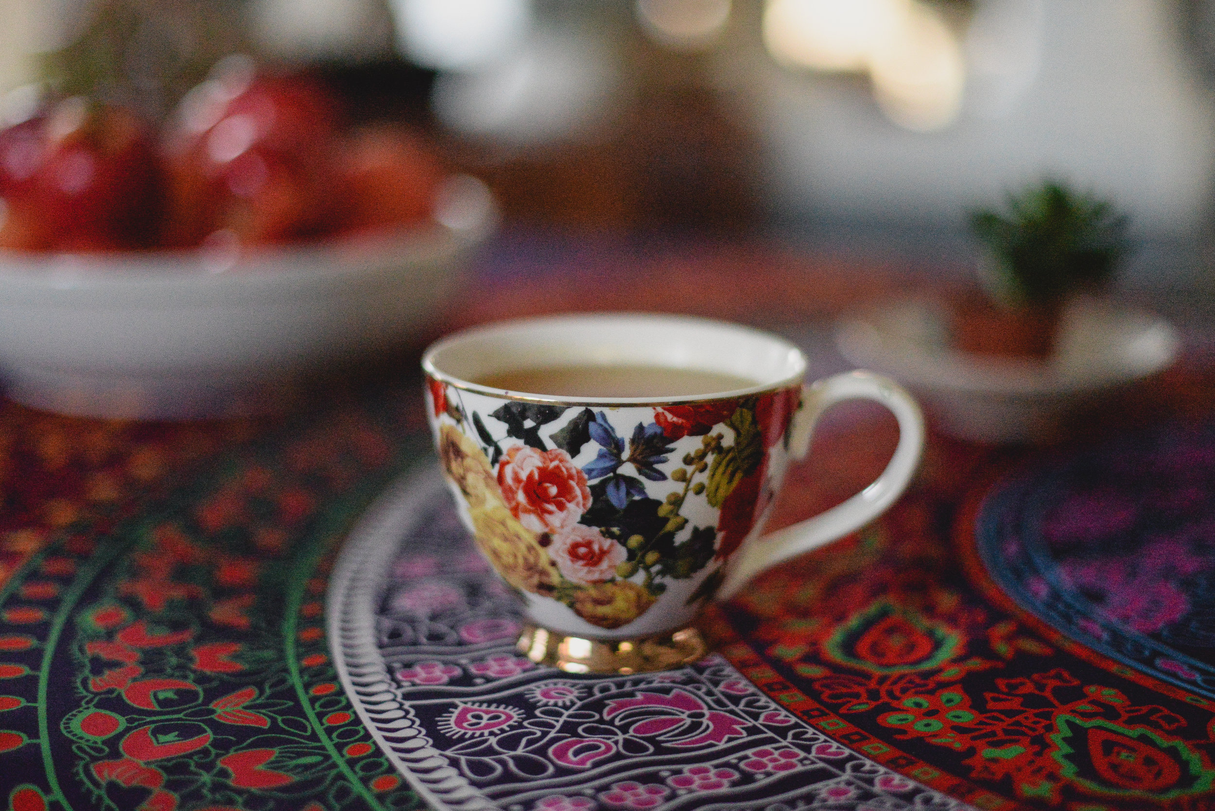 tea and apples