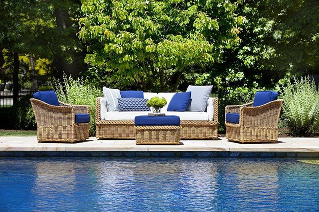Cold, snowy days have me dreaming of warmer times around the pool. #design #interiorinspiration