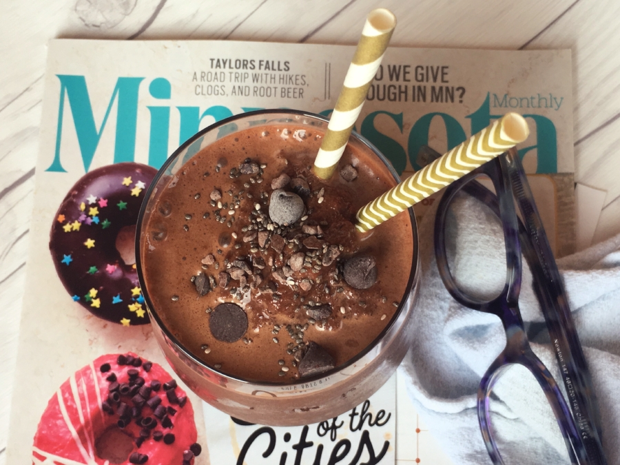 Found this great edition of Minnesota Monthly while preparing for a client vision board session....Donuts and Smoothies! There's the chocolate overlaod- but love to dream about it!