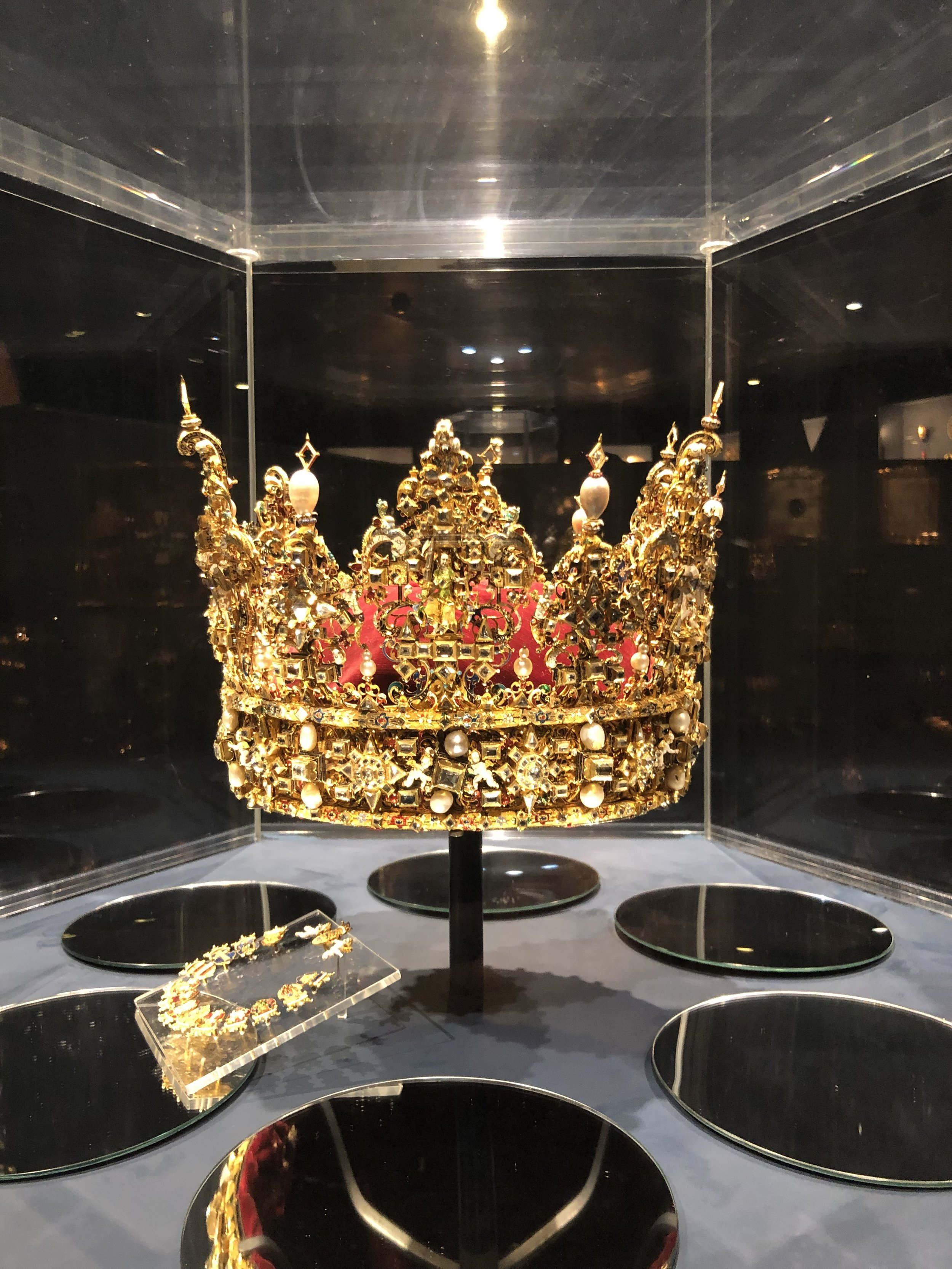 Royal Crown.