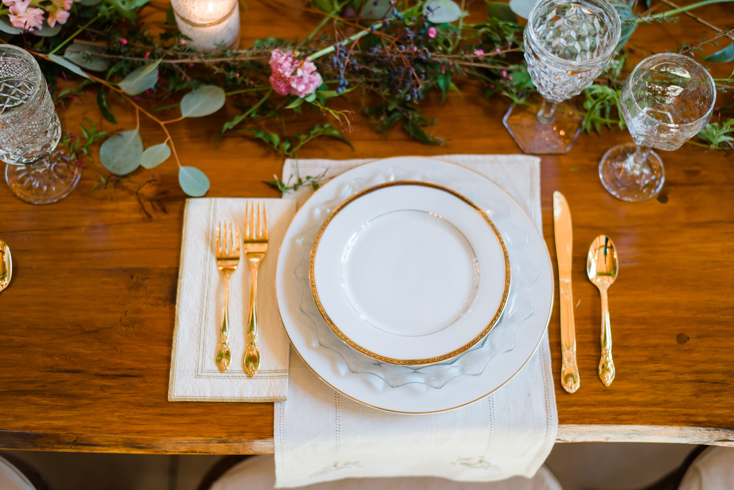 Classic Wedding Decor at Hiwassee River Weddings