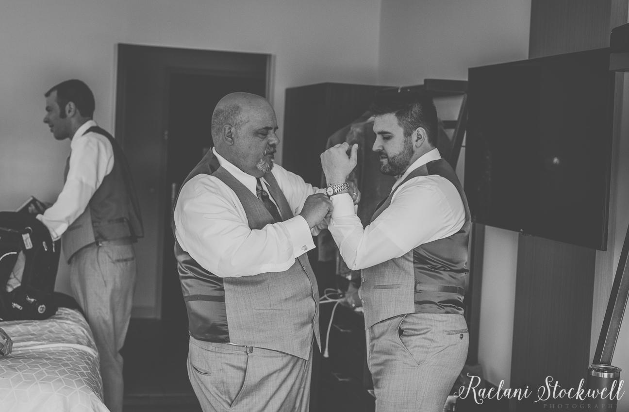Groomsmen Getting Ready Wedding Photography Ideas.jpg